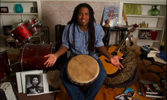 shrug smile with drum